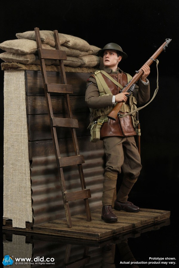 Lance Corporal William & Trench Diorama Set - E60061 & B11011
