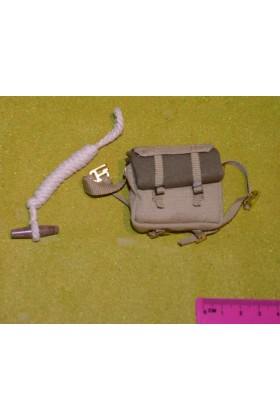DRAGON IN DREAMS DID 1/6 SCALE WW II BRITISH LOOSE BACK PACK & ROPE from ROY