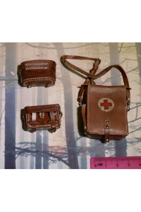 Dragon Dreams DID 1/6 Scale WWII German Medic Pouches & Bag from Peter D80100
