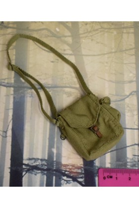 Dragon In Dreams DID 1/6 Scale WWII Russian Shoulder Bag from Vasily D80139B