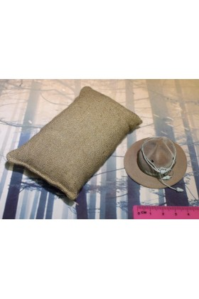 Dragon In Dreams DID 1/6 Scale WWI US Hat & Sandbag from Buck A11009