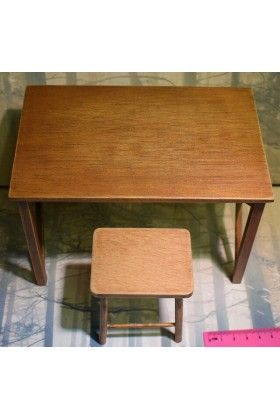 Dragon In Dreams DID 1/6 Scale WW II German Wooden Table & Stool from Drud D80123