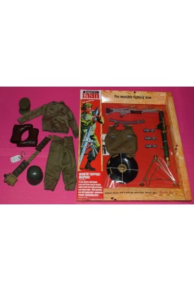 VINTAGE ACTION MAN 40th CARDED INFANTRY SUPPORT w/SOLDIER UNIFORM & ACCESSORIES