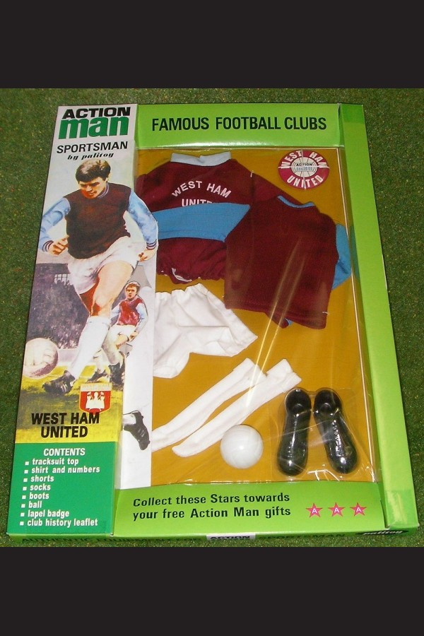 VINTAGE ACTION MAN 40th SPORTSMAN CARDED FOOTBALL CLUB WEST HAM UNITED