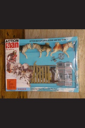 VINTAGE ACTION MAN 40th CARDED/BOXED EXPLORER SLEDGE AND DOG TEAM