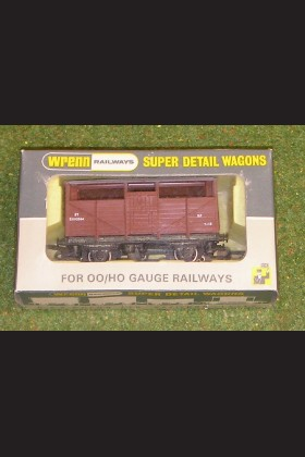 WRENN RAILWAYS OO GAUGE WAGONS W4630 8 TON CATTLE WAGON