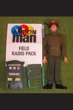 ORIGINAL VINTAGE ACTION MAN LOOSE FIELD RADIO PACK (NON-WORKING) FLOCKED HEAD 148