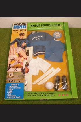 ORIGINAL VINTAGE ACTION MAN CARDED SPORTSMAN FAMOUS FOOTBALL CLUBS EVERTON FC