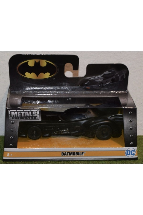 DIE-CAST JADA 1/32 SCALE 1989 BATMOBILE 1989 Blockbuster Movie Batman